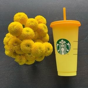 Starbucks COLOR CHANGING CUP! Yellow/orange